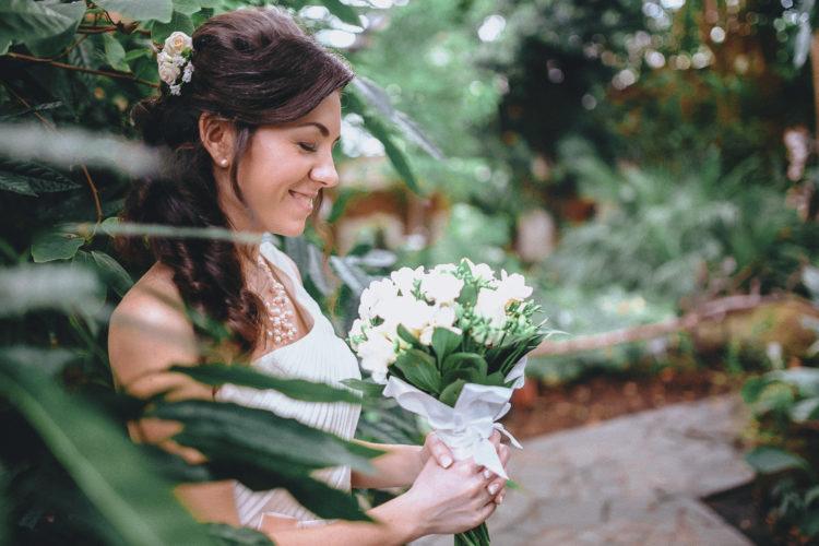 свадебная фотосессия (фото) в ботаническом саду (оранжерее) Киев