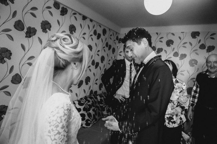 свадебная фотосессия сборов невесты,выкупа невесты, фотографы Павел и Татьяна Ященко, Y-Family